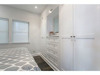 """Photo 10: 1124 E 19TH Avenue in Vancouver: Knight House for sale in """"CEDAR COTTAGE"""" (Vancouver East)  : MLS®# V1089954"""