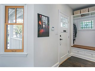 "Photo 2: 1124 E 19TH Avenue in Vancouver: Knight House for sale in ""CEDAR COTTAGE"" (Vancouver East)  : MLS®# V1089954"