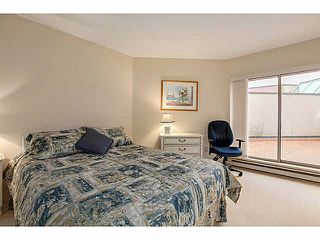 "Photo 6: 304 2471 BELLEVUE Avenue in West Vancouver: Dundarave Condo for sale in ""OCEAN PARK"" : MLS®# V1092449"