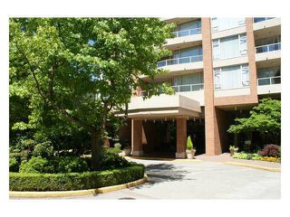 "Photo 15: 206 4657 HAZEL Street in Burnaby: Forest Glen BS Condo for sale in ""The Lexington"" (Burnaby South)  : MLS®# V1106807"
