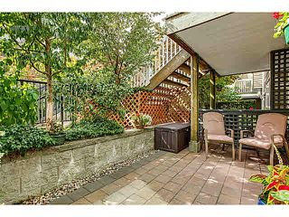 """Photo 11: 15 1073 LYNN VALLEY Road in North Vancouver: Lynn Valley Townhouse for sale in """"RIVER ROCK"""" : MLS®# V1108053"""