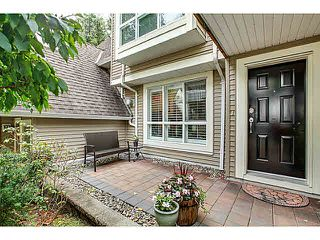 "Photo 1: 15 1073 LYNN VALLEY Road in North Vancouver: Lynn Valley Townhouse for sale in ""RIVER ROCK"" : MLS®# V1108053"