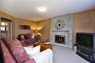 Photo 2: 800 Clements Drive in Milton: Timberlea House (2-Storey) for sale : MLS®# W3332307