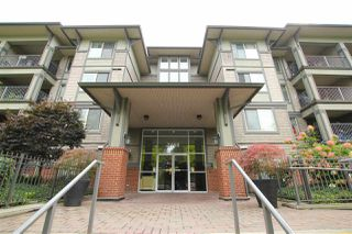 "Photo 3: 401 2468 ATKINS Avenue in Port Coquitlam: Central Pt Coquitlam Condo for sale in ""THE BORDEAUX"" : MLS®# R2019309"