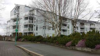 "Photo 2: 204 2020 E KENT AVENUE SOUTH Avenue in Vancouver: Fraserview VE Condo for sale in ""TUGBOAT LANDING"" (Vancouver East)  : MLS®# R2034097"