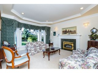Photo 4: 5636 NELSON Avenue in Burnaby: Forest Glen BS House for sale (Burnaby South)  : MLS®# R2037578