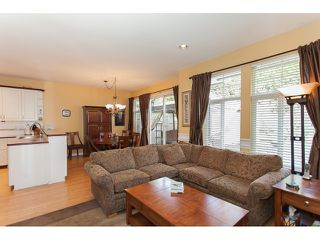 "Photo 7: 73 5811 122 Street in Surrey: Panorama Ridge Townhouse for sale in ""Lakebridge"" : MLS®# R2045411"