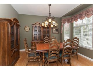"Photo 5: 73 5811 122 Street in Surrey: Panorama Ridge Townhouse for sale in ""Lakebridge"" : MLS®# R2045411"
