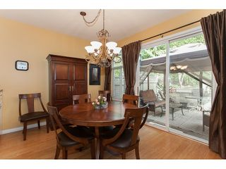 "Photo 8: 73 5811 122 Street in Surrey: Panorama Ridge Townhouse for sale in ""Lakebridge"" : MLS®# R2045411"