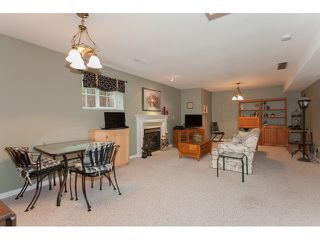 "Photo 16: 73 5811 122 Street in Surrey: Panorama Ridge Townhouse for sale in ""Lakebridge"" : MLS®# R2045411"