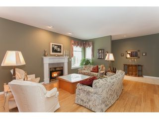 "Photo 4: 73 5811 122 Street in Surrey: Panorama Ridge Townhouse for sale in ""Lakebridge"" : MLS®# R2045411"