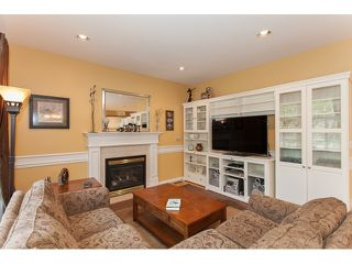 "Photo 6: 73 5811 122 Street in Surrey: Panorama Ridge Townhouse for sale in ""Lakebridge"" : MLS®# R2045411"