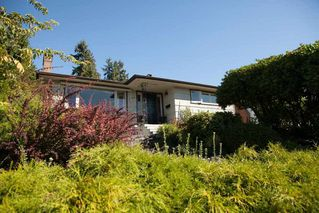Photo 2: 1135 LAWSON AVENUE in West Vancouver: Ambleside Home for sale ()  : MLS®# R2000540