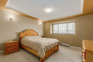 Photo 9: 251 BLUE MOUNTAIN Street in Coquitlam: Maillardville House 1/2 Duplex for sale : MLS®# R2067481