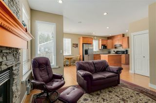 Photo 7: 251 BLUE MOUNTAIN Street in Coquitlam: Maillardville House 1/2 Duplex for sale : MLS®# R2067481
