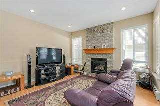 Photo 5: 251 BLUE MOUNTAIN Street in Coquitlam: Maillardville House 1/2 Duplex for sale : MLS®# R2067481