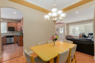 Photo 4: 251 BLUE MOUNTAIN Street in Coquitlam: Maillardville House 1/2 Duplex for sale : MLS®# R2067481