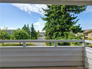 Photo 2: 1826 Harvard Place in VICTORIA: SE Lambrick Park Single Family Detached for sale (Saanich East)  : MLS®# 366812