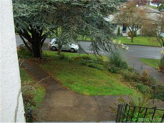 Photo 10: 318 Uganda Avenue in VICTORIA: Es Kinsmen Park Strata Duplex Unit for sale (Esquimalt)  : MLS®# 368138
