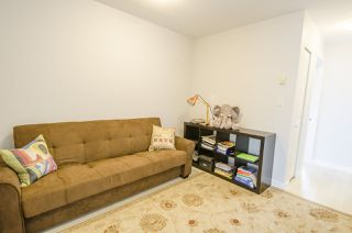 "Photo 12: 22317 SHARPE Avenue in Richmond: Hamilton RI House 1/2 Duplex for sale in ""ROSEDALE GARDEN"" : MLS®# R2106316"