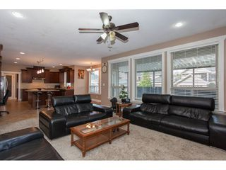 Photo 7: 8741 163A Street in Surrey: Fleetwood Tynehead House for sale : MLS®# R2117160