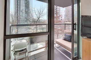 "Photo 15: 303 501 PACIFIC Street in Vancouver: Downtown VW Condo for sale in ""THE 501"" (Vancouver West)  : MLS®# R2135398"