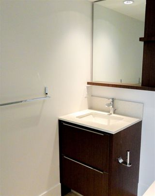 Photo 9: PH3 538 W 7TH AVENUE in Vancouver: Fairview VW Condo for sale (Vancouver West)  : MLS®# R2176643