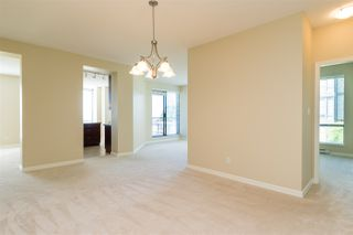 "Photo 3: 302 1551 FOSTER Street: White Rock Condo for sale in ""Sussex House"" (South Surrey White Rock)  : MLS®# R2187639"