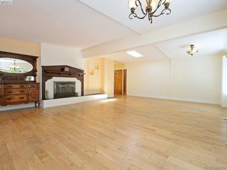 Photo 4: 5307 Fairhome Rd in VICTORIA: SW West Saanich House for sale (Saanich West)  : MLS®# 764904