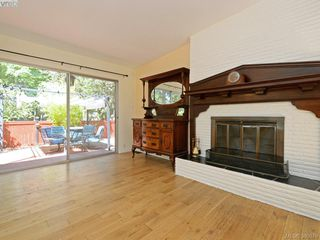 Photo 5: 5307 Fairhome Rd in VICTORIA: SW West Saanich House for sale (Saanich West)  : MLS®# 764904