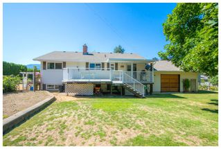 Photo 8: 1650 Southeast 15 Street in Salmon Arm: Hillcrest House for sale (SE Salmon Arm)  : MLS®# 10139417