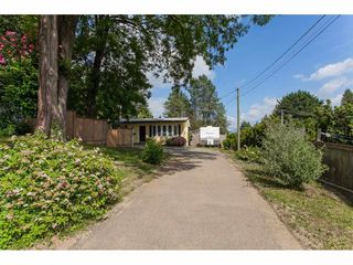 Photo 2: 7902 BURDOCK STREET in Mission: Mission BC House for sale : MLS®# R2182900