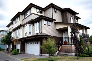 Photo 1: 30 160 PEMBINA STREET: Townhouse for sale : MLS®# V899838