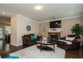 Photo 4: 22 21704 96 Avenue in Langley: Walnut Grove Townhouse for sale : MLS®# R2200710