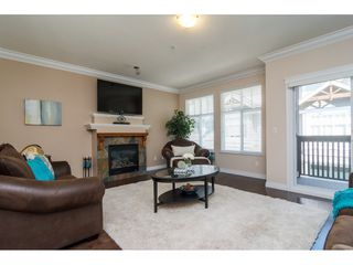 Photo 3: 22 21704 96 Avenue in Langley: Walnut Grove Townhouse for sale : MLS®# R2200710