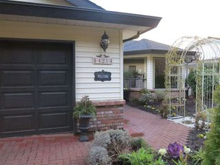 Photo 3: 14214 20 AVENUE in South Surrey White Rock: Home for sale : MLS®# R2031810