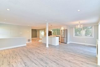 Photo 3: 9228 148 A Street in Surrey: Fleetwood Tynehead House for sale : MLS®# R2211815