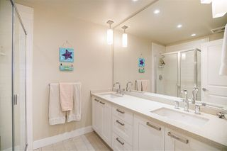 """Photo 11: 45 2501 161A Street in Surrey: Grandview Surrey Townhouse for sale in """"Highland Park"""" (South Surrey White Rock)  : MLS®# R2222688"""