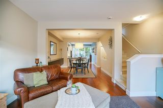 """Photo 3: 45 2501 161A Street in Surrey: Grandview Surrey Townhouse for sale in """"Highland Park"""" (South Surrey White Rock)  : MLS®# R2222688"""