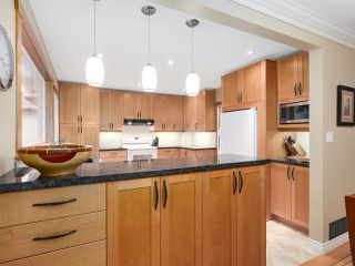 Photo 16: 1920 Ridgeway Avenue in North Vancouver: Central Lonsdale House  : MLS®# R2147491