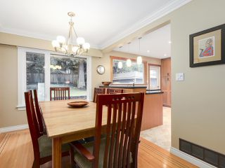 Photo 9: 1920 Ridgeway Avenue in North Vancouver: Central Lonsdale House  : MLS®# R2147491