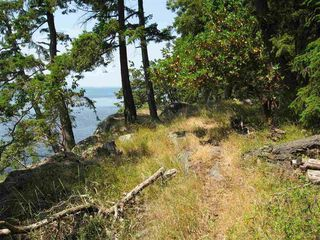 Photo 10: 22205 Porlier Pass Road in Galiano Island: Home for sale