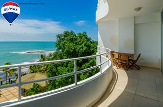 Photo 3: Oceanfront Apartment Coronado