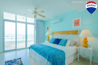 Photo 15: Oceanfront Apartment Coronado