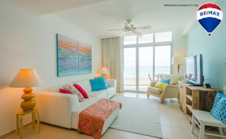 Photo 12: Oceanfront Apartment Coronado