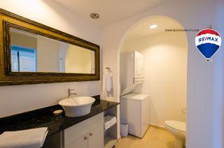 Photo 9: Oceanfront Apartment Coronado