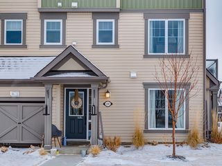 Photo 3: 100 Windstone Link SW in Airdrie: House for sale : MLS®# C4163844