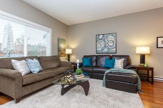 Photo 7: 11 1893 Prosser Rd in : CS Saanichton Row/Townhouse for sale (Central Saanich)  : MLS®# 780048