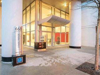 """Photo 3: 2103 668 CITADEL PARADE in Vancouver: Downtown VW Condo for sale in """"SPECTRUM 2"""" (Vancouver West)  : MLS®# R2244892"""