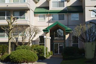 "Photo 1: 220 2750 FAIRLANE Street in Abbotsford: Central Abbotsford Condo for sale in ""THE FAIRLANE"" : MLS®# R2246501"